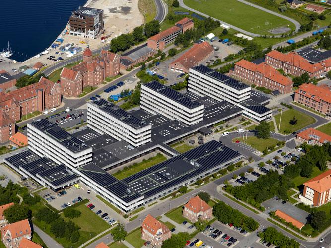 Sønderborg-Sygehus_ambulatorietorvet_web-(4)